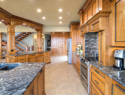 Custom kitchen cabinets by Hiebert Cabinets in Bow Island, Alberta.. Kitchen